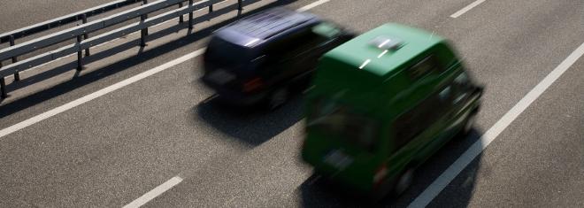 Um Unfälle zu vermeiden, muss der vorgeschriebene Abstand stets eingehalten werden.