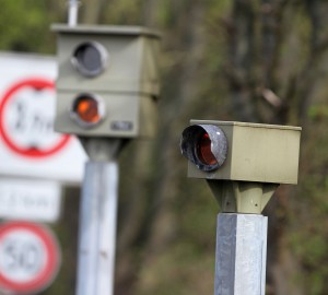 Ampelblitzer befinden sich meist an gefährlichen Kreuzungen.