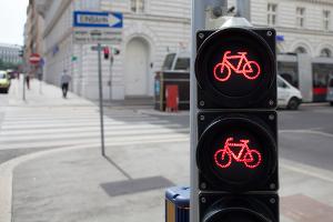 Bußgeld: Beim Fahrrad fällt es geringer aus.