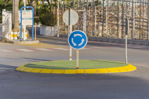 Im Kreisverkehr herrscht Halteverbot.